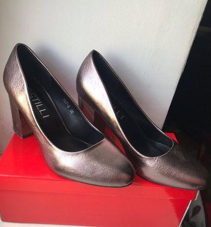 Новые красивые туфли oт stilli