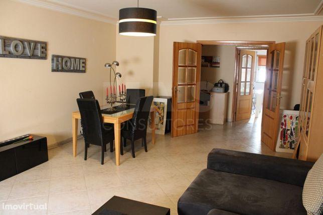 Apartamento T2 em Vila Franca de Xira