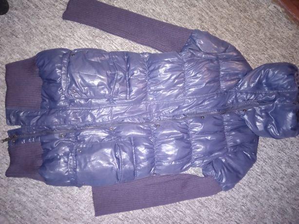 Зимняя курточка на синтепоне