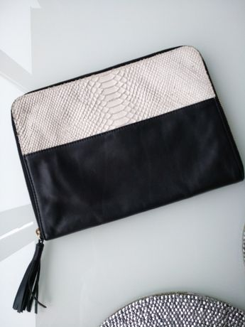 Zara клатч 30*15см из натуральной кожи, черно-белый, змеиная кожа