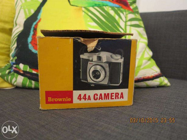 Máquina fotográfica Kodak Brownie 44A (1959-64)