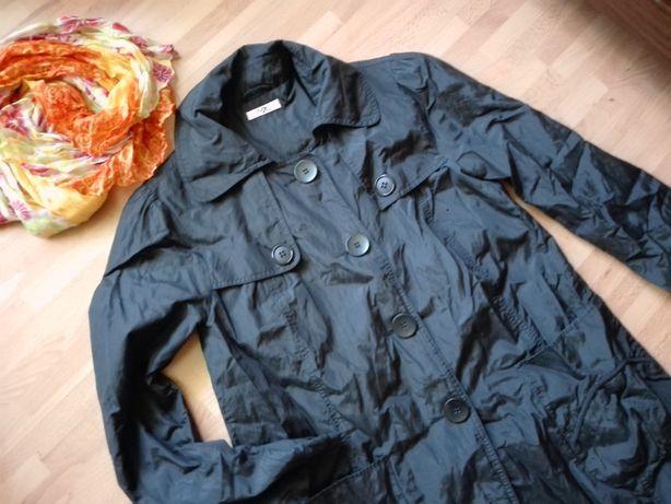 płaszcz czarny jesienny lekko mieniący 40 L