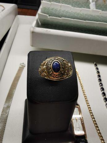 Кольцо 585 сапфиром и бриллиантами 9.74 г