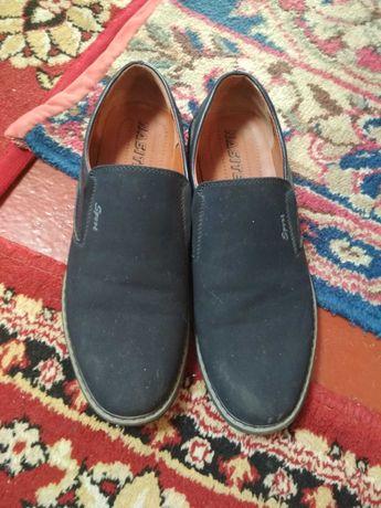 Продам обувь б/у:туфли  и ботинки зимние б/у