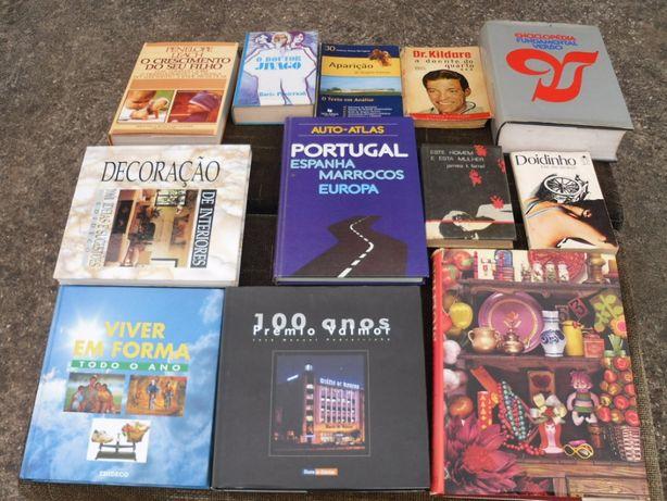 Vendo vários livros (incluindo BANDA DESENHADA) a partir de 2 EUROS