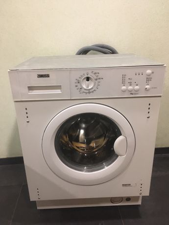 Maquina AVARIADA lavar roupa encastre Zanussi