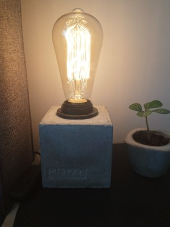 Lampka lampa z betonu beton cement loft industrial Edison