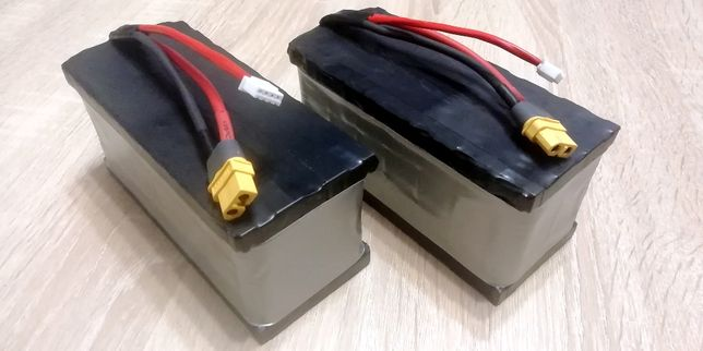 Akumulatory-Baterie 12v-22 Ah li-ion, do łódki zanętowej.