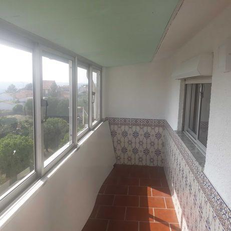 Apartamento renovado no centro de Oliveira do Bairro