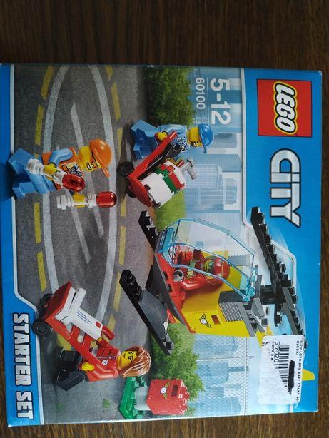 LEGO 60100