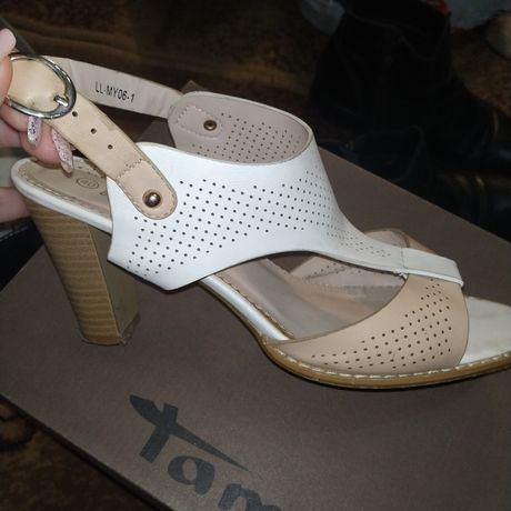 Туфли на каблуке 40р
