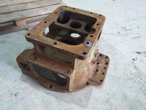 Промежутка трактора ЮМЗ, корпус муфты сцепления