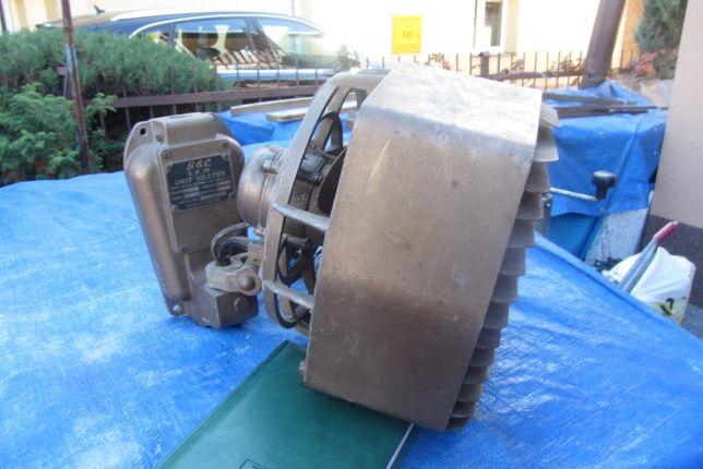 Grzejnik elektryczny 380 W