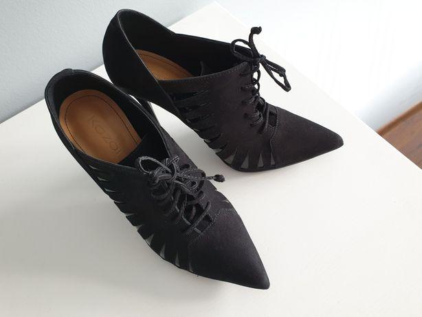 KAZAR botki szpilki czarne 2019 szpic sznurowane