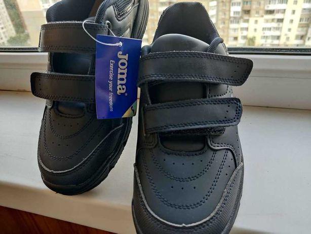 Новые туфли Joma европ. размер 37 (US 5) по стельке 23,5см.