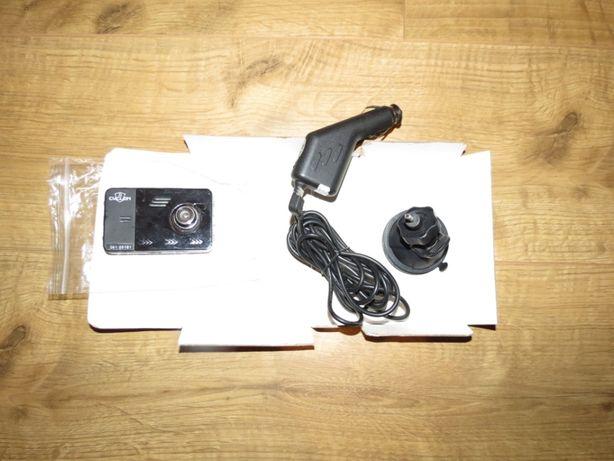 Автомобильный видеорегистратор CYCLON 2