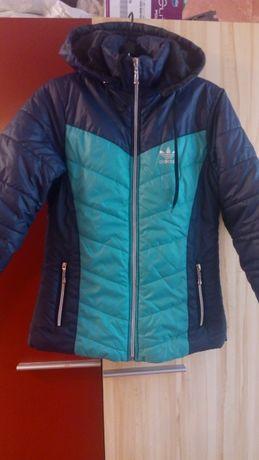 Куртка Adidas размер 44-46