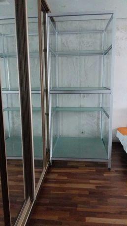 Новая витрина из каленого стекла  100х110х240 см
