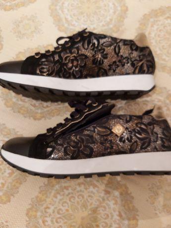 Vendo sapatos estilo ténis