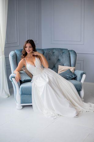 Весільна сукня нареченої