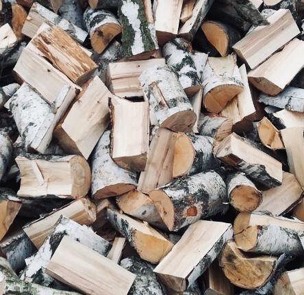 Drewno opałowe i kominkowe na sprzedaż. Transport gratis!! Polecam