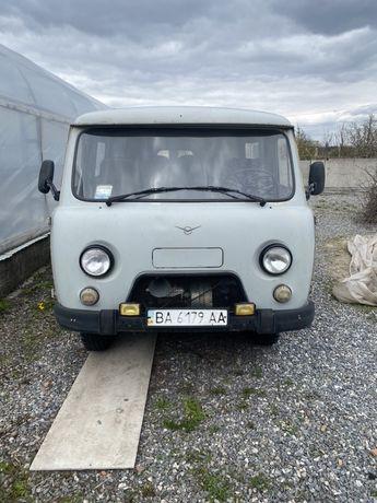 Продам УАЗ 2206