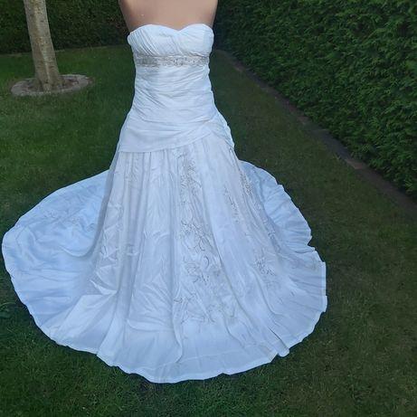 Suknia ślubna haft etola tren