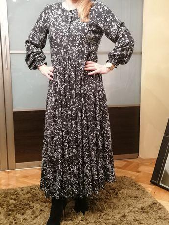 Sukienka czarną l
