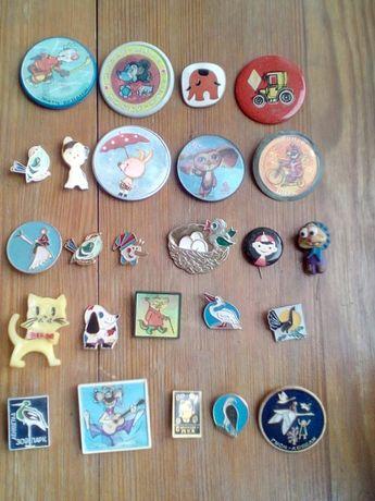 Значки лот из мультфильмов и другие комплект