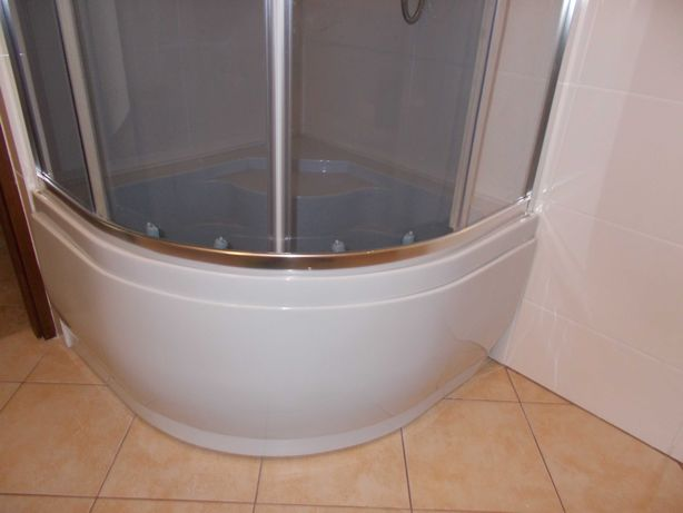 Sprzedam kabine prysznicowa z glebokim brodzikiem