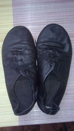 Туфли(чешки) для танцев