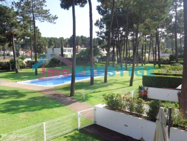 Moradia T3+1 - Condominio com piscina - Verdizela - Garagem