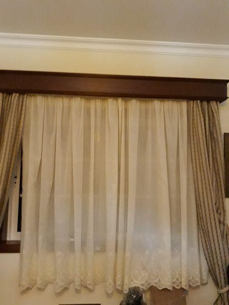 BAIXA PREÇO - Conjunto cortinados e sanefa