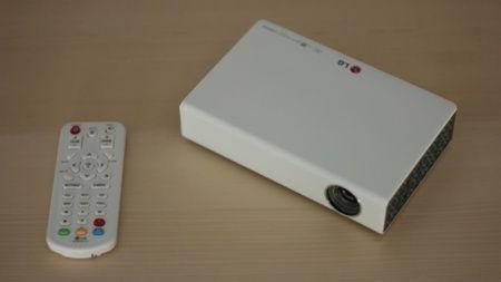 """Mini projector portátil LG PB62G Full HD 100"""""""