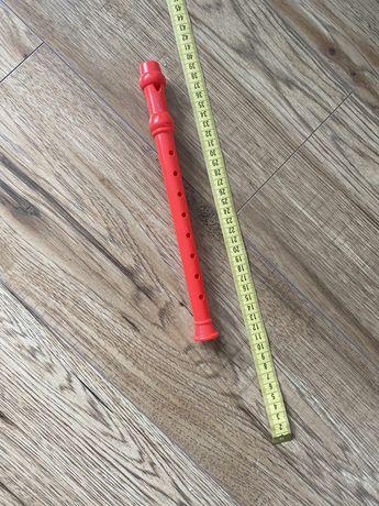Plastikowy flet dla dzieci.