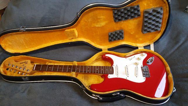 Fender Squier Affinity Stratocaster rok. 2001 - uszkodzona.