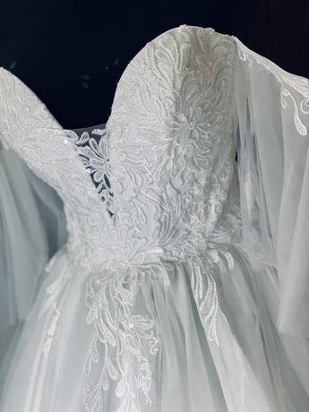 Продам новое свадебное платья