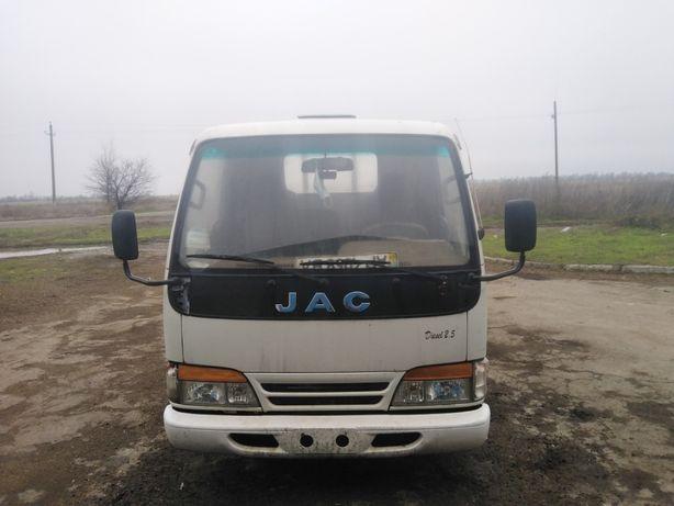 Продам грузовой JAC