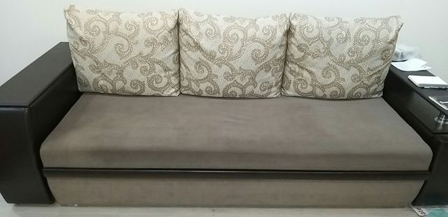 диван -еврокнига с тумбами-подлокотник