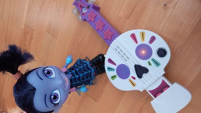 Игровой набор интерактивная кукла Вампирина и гитара Вампирины
