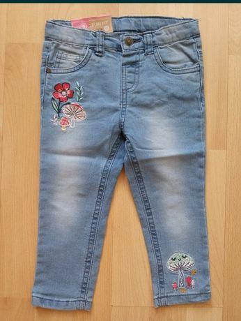 Nowe jeansy rozmiar 92 spodnie