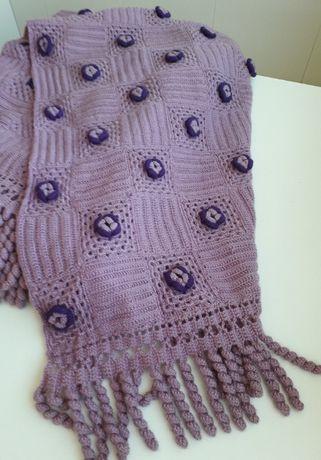 Colcha de lã em croché antiga