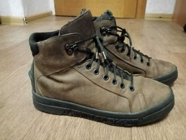 Ботинки для подростка р39