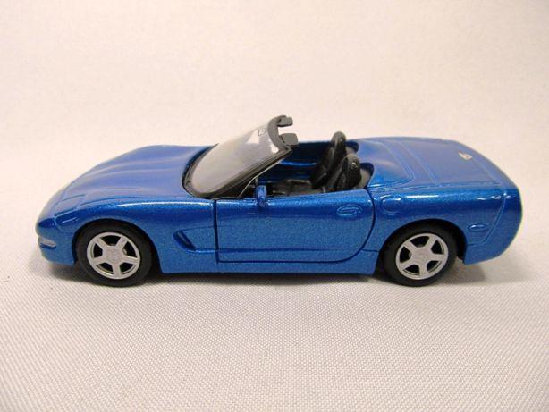 Модель автомобиля Corvette Maisto
