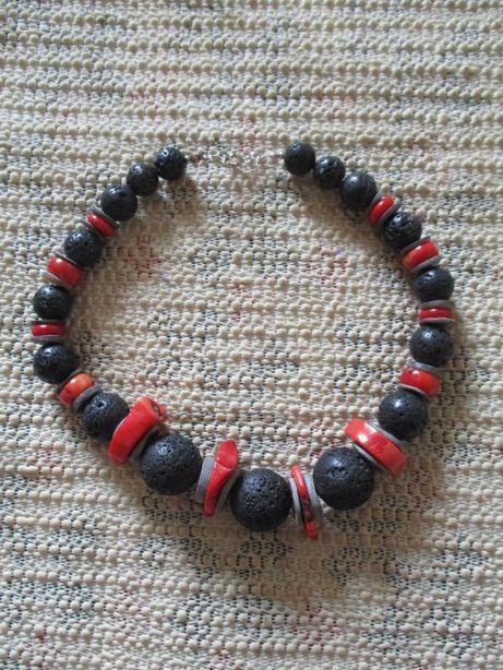 Czerwono czarne korale