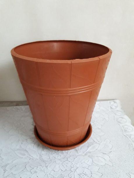 Вазон для растений