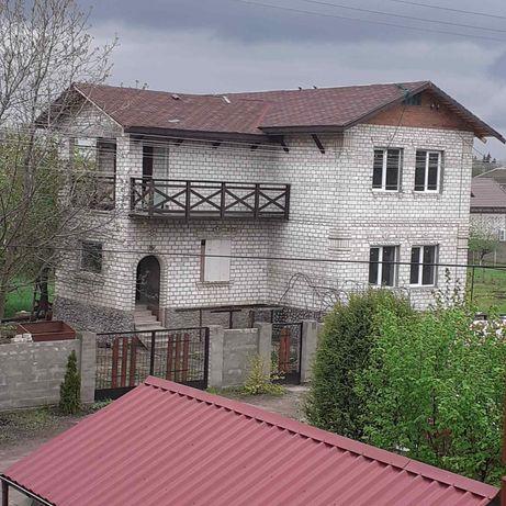 ПРОДАМ 2-х Этажный дом 200 м2