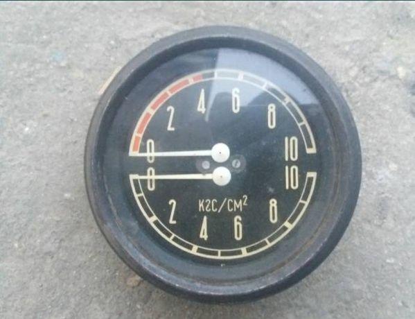 Продам Манометр давления воздуха МД213, ЗИЛ-131, УРАЛ, КРАЗ.ссср