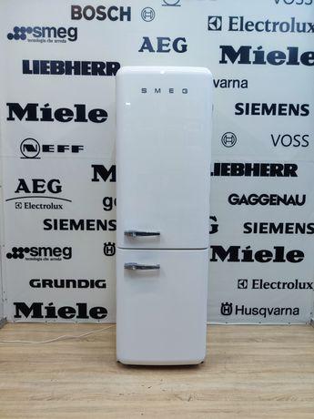 Белый стильный холодильник SMEG™… РЕТРО стиль. No Frost. Made in Italy