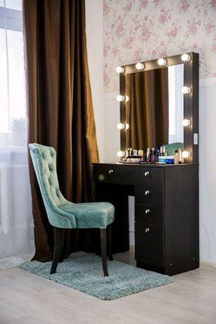 Туалетный,макияжный столик.Гримерное зеркало,визажное, стол бровиста